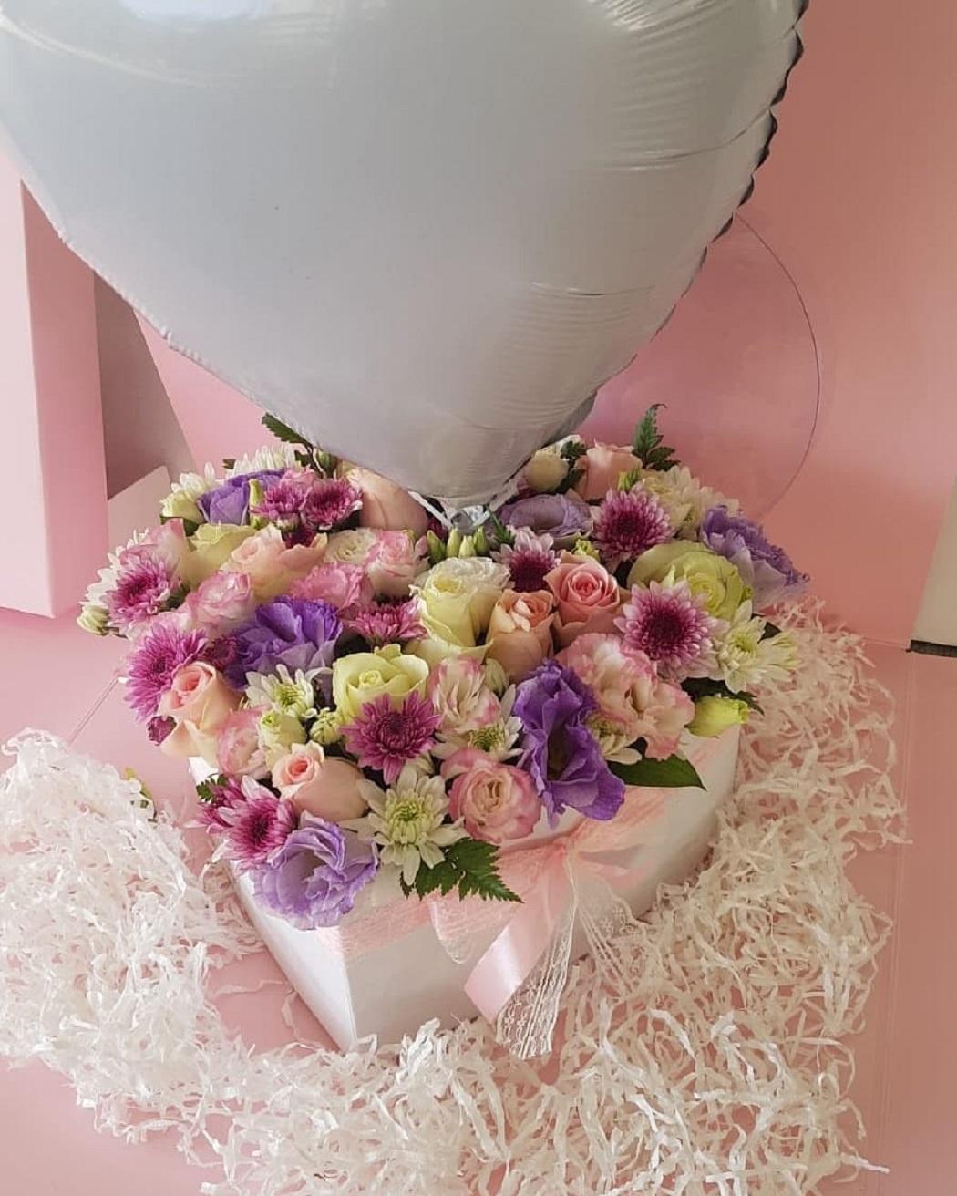 מארז  פרחים לב